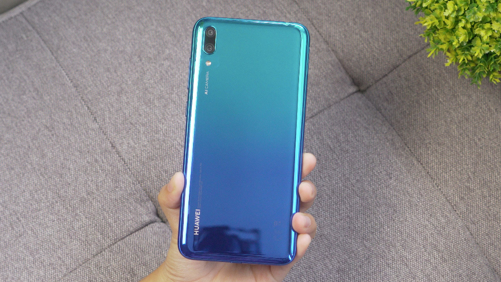Huawei Y7 Pro 2019 back side