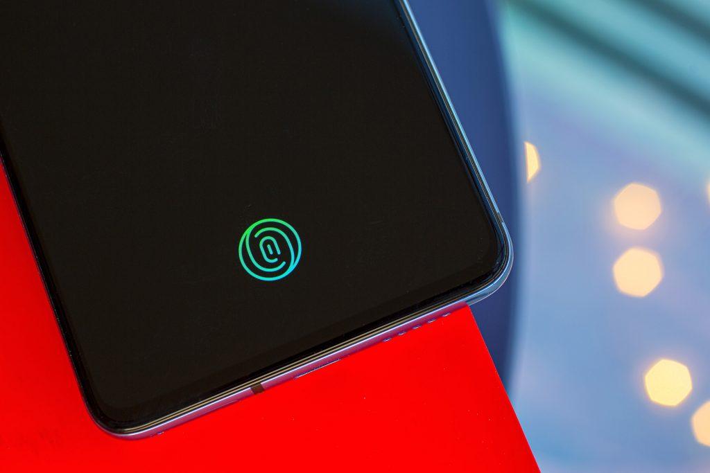 OnePlus 7T under display fingerprint